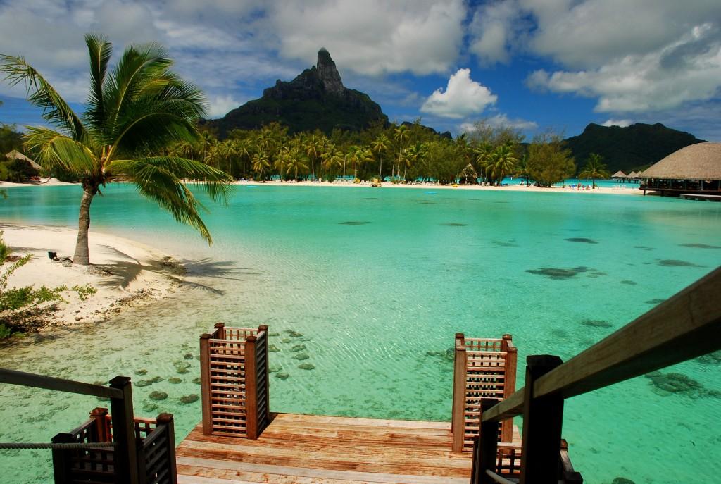 Lagoon and Otemanu mount. Bora Bora, French Polynesia