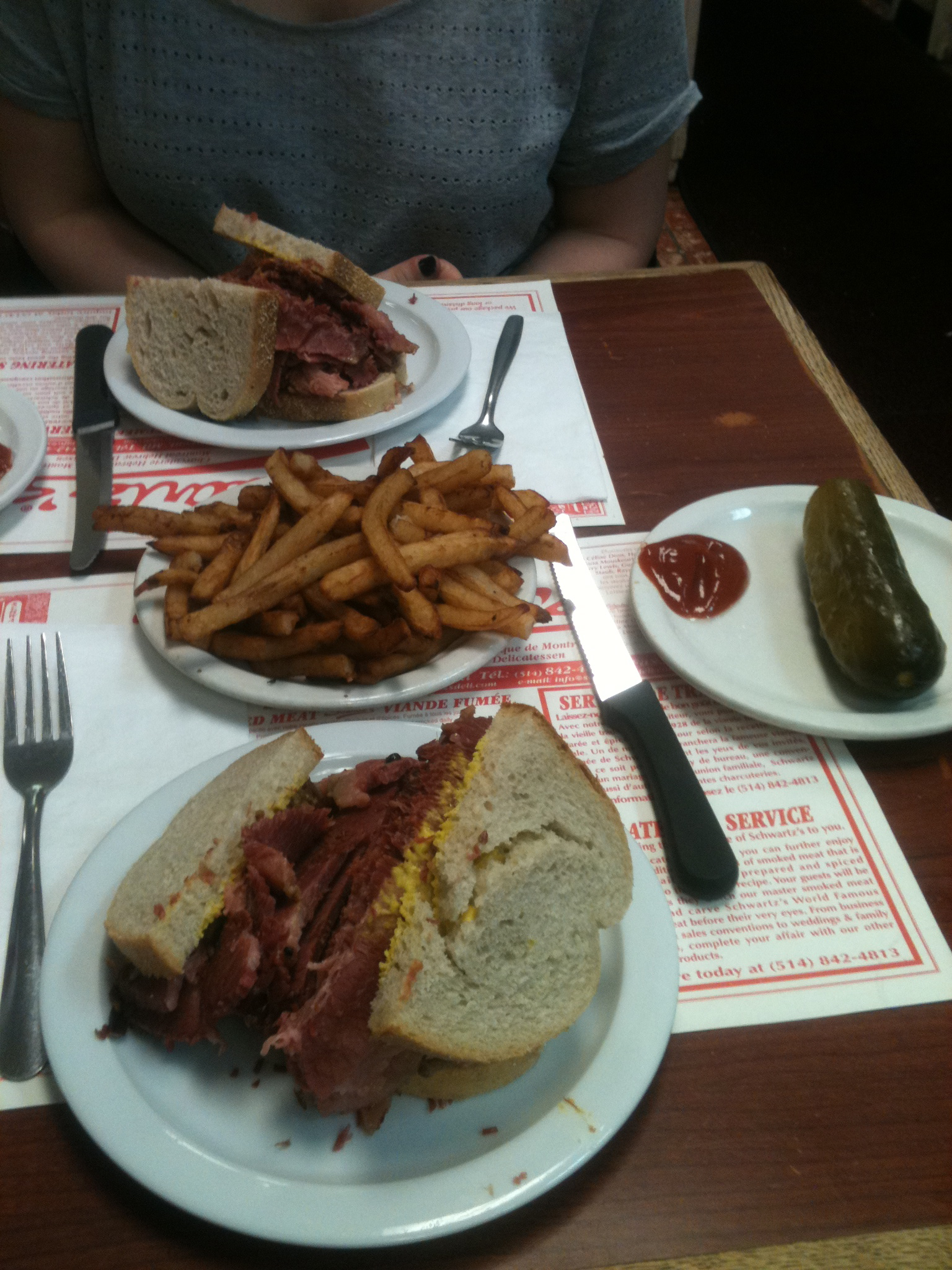 Restaurant Schwarts Montréal