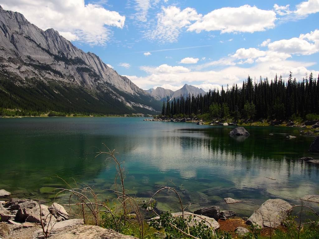 lac canadien road trip