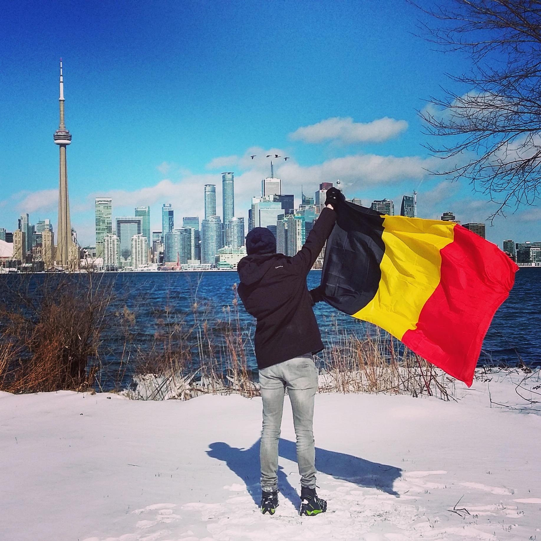 Une vidéo hyperlapse sur Montréal réalisée par Traversée d'un monde