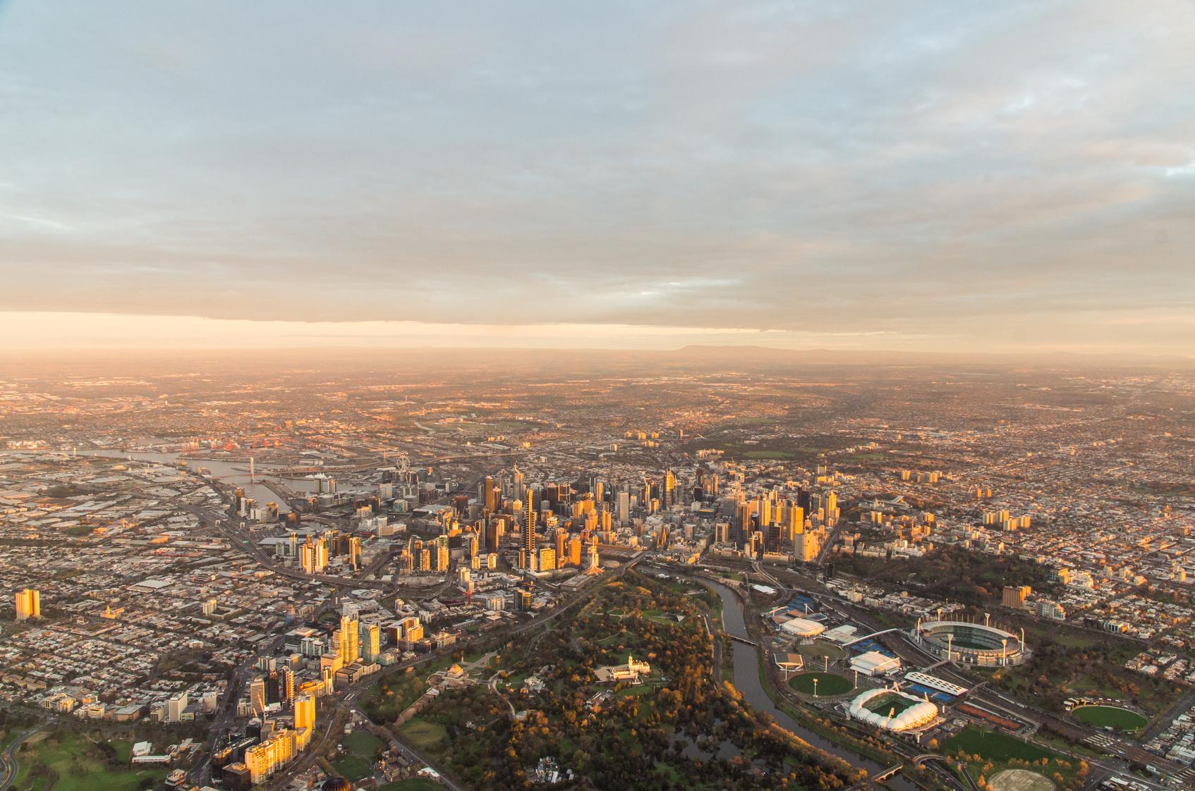 monoter en haut de l'eureka towerà Melbourne