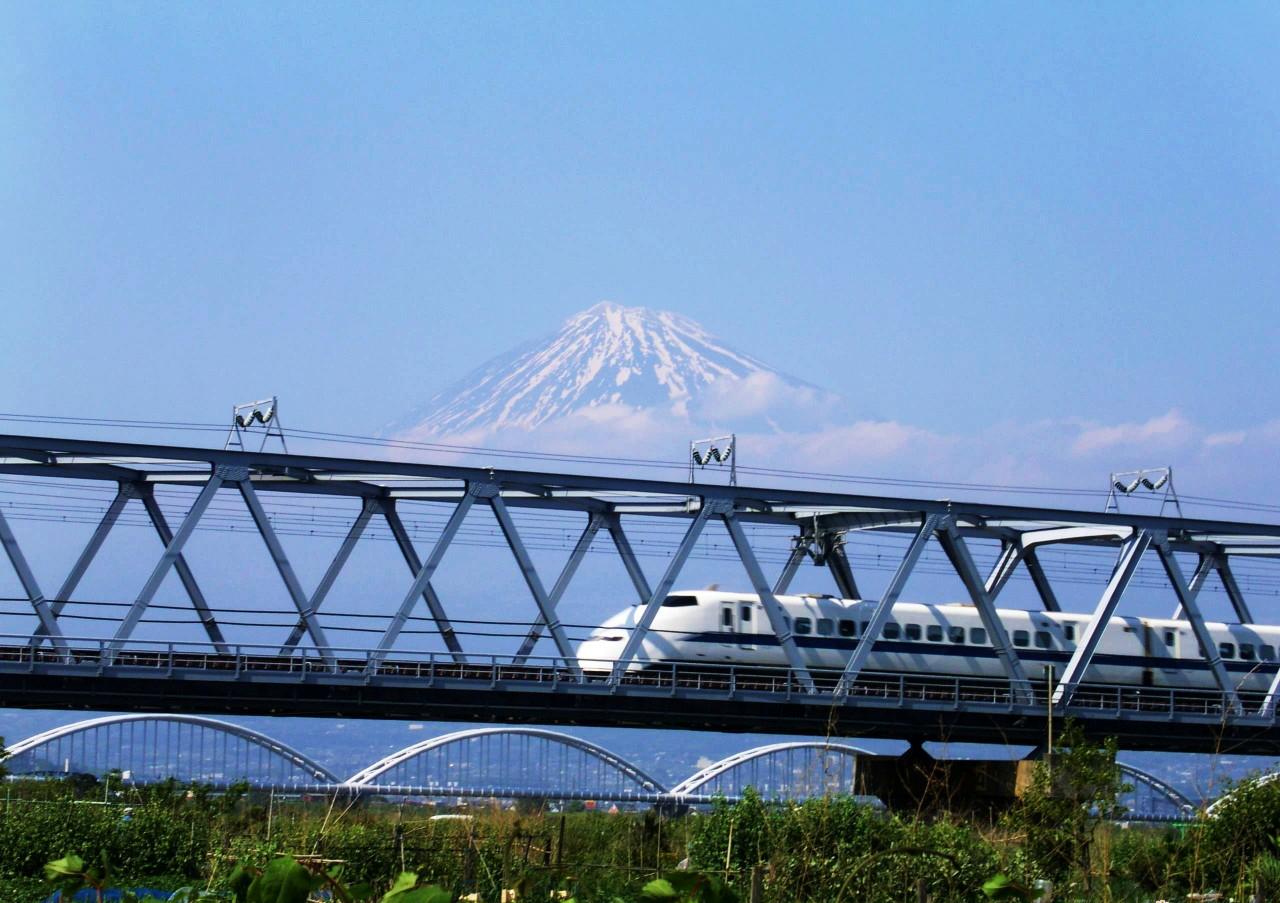 prendre le train à grand vitesse au japon