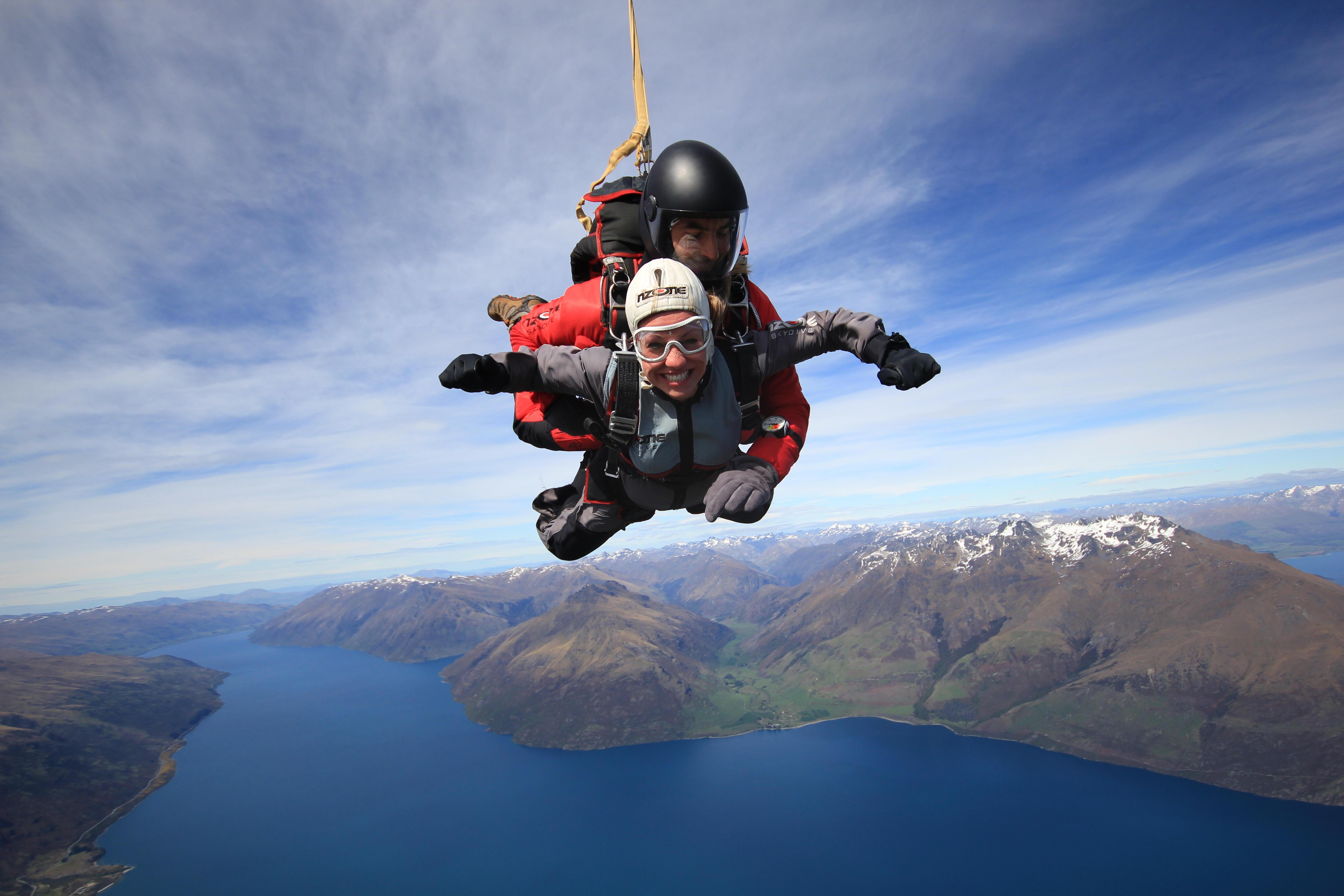saut en parachute en nouvelle zélande
