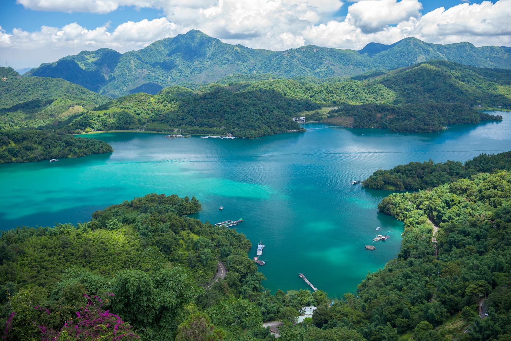 Sun Moon Lake à Nantou dans l'ile de Taiwan