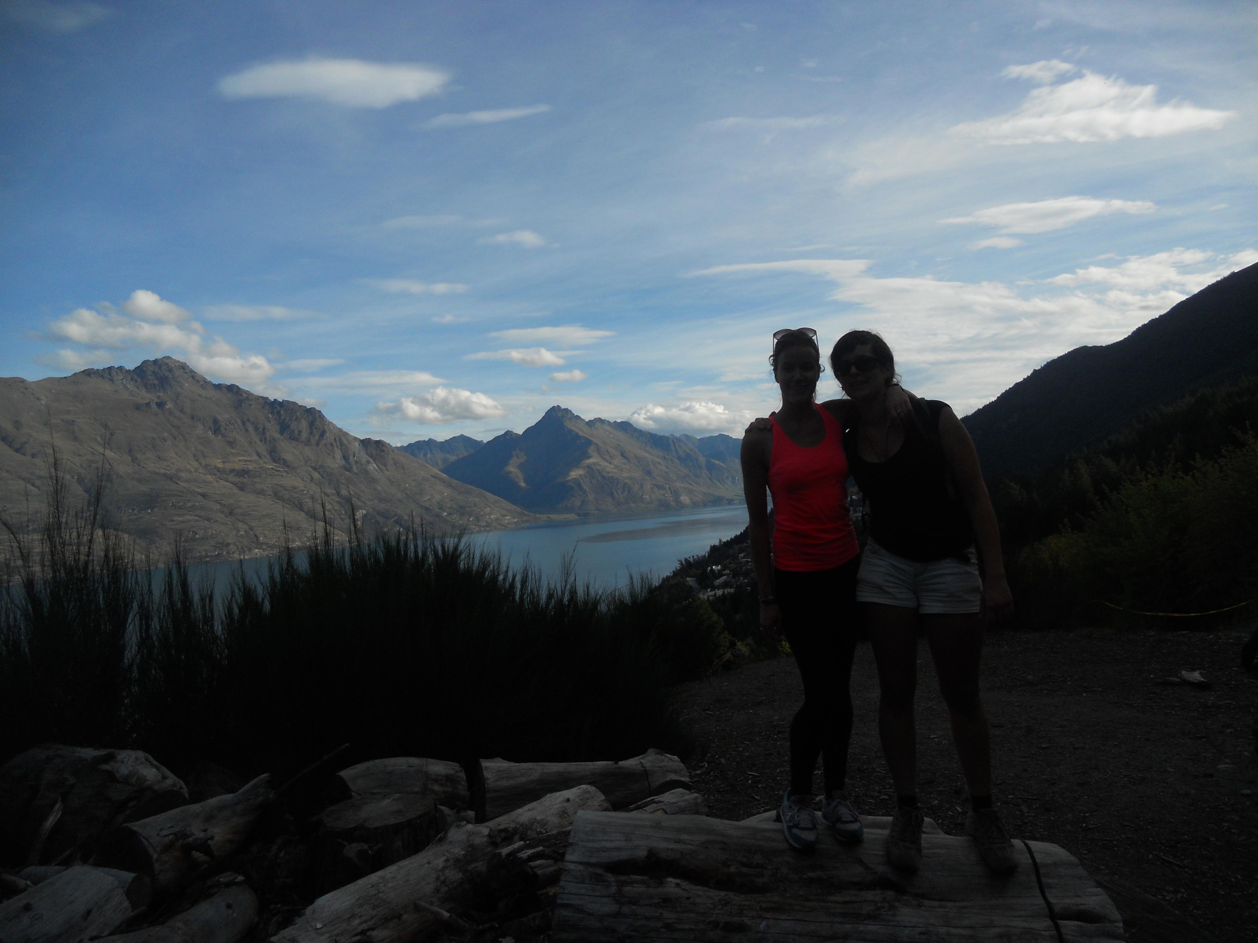 deux backpackers en nouvelle-zélande