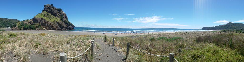 La plage neo-zelandaise est un must-do pour un PVT en Nouvelle-Zelande