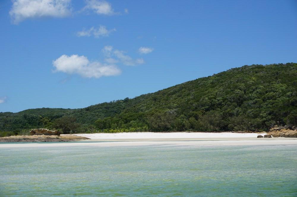 la plage de sable fin de Whitehaven Beach