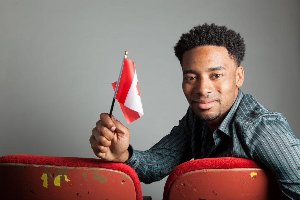 Obtenez votre working holiday visa au canada