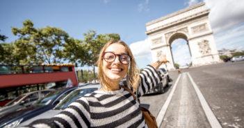 une voyageuse a Paris en PVT France