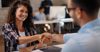 comment valoriser un cv avec des bénévolats ou des pvts
